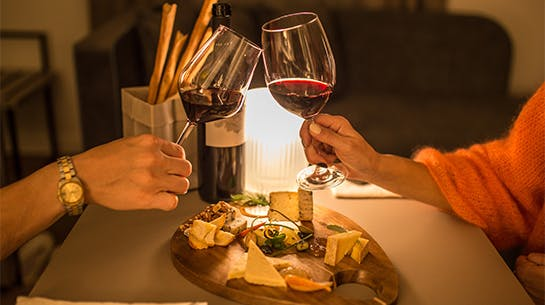 Sorprende a tu pareja con una cena romántica